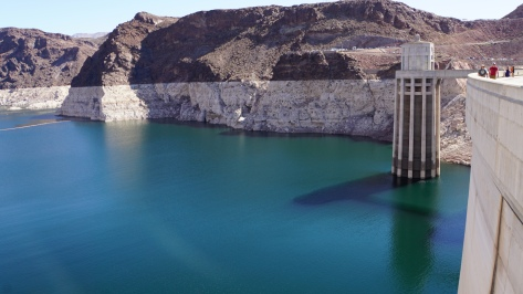 The dam - Lake Mead