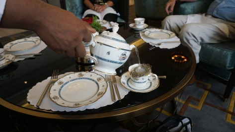 Tea service, in an exquisite pattern